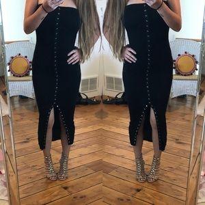 Dresses & Skirts - Black midi bodycon dress
